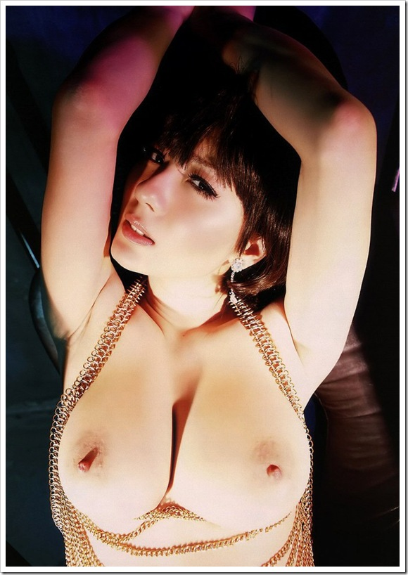 【ぷるぷる巨乳】お宝全裸ヌードで爆乳