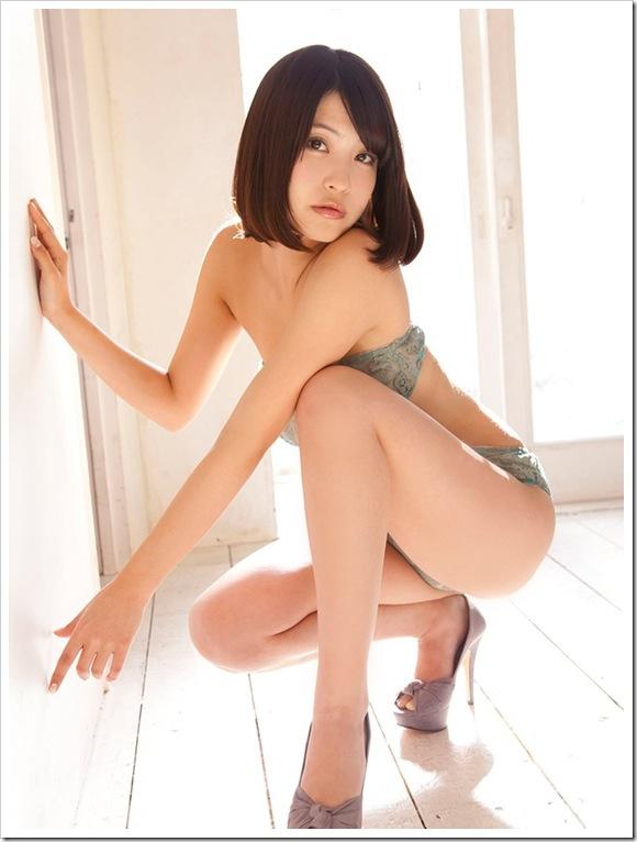 【岸明日香(グラビア)】お宝恋に落ちる全裸セミヌード