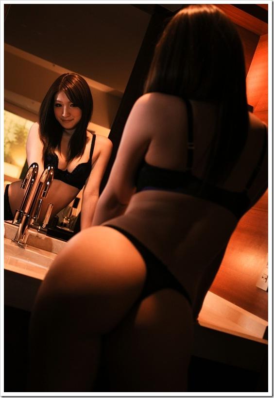 全裸ヌード美乳おっぱい画像