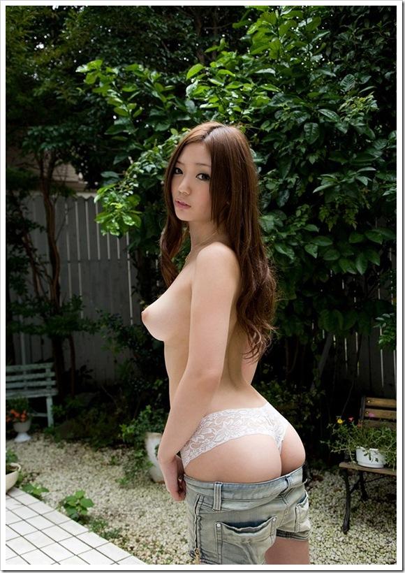 【上条めぐ(女優)】お宝美乳全裸ヌード