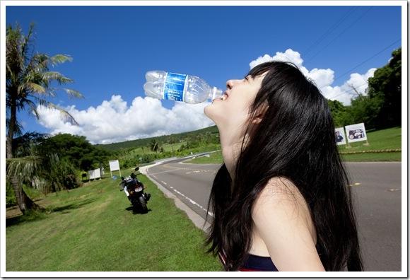 【可愛い女優のビキニ】お宝小島藤子のハミ乳美乳
