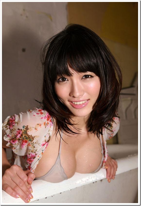 【水の滴るいい女】巨乳おっぱい今野杏南