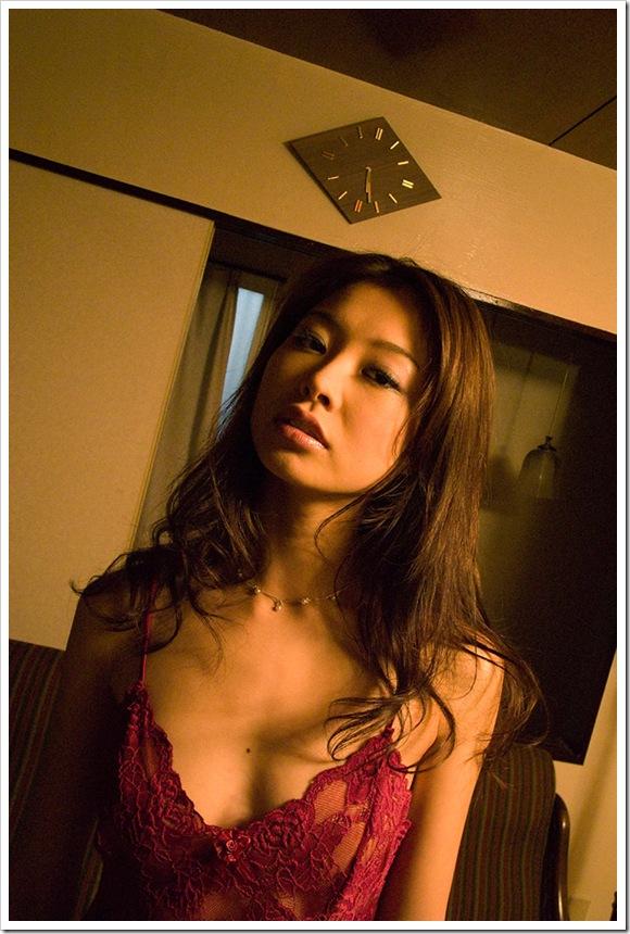 【夏目彩春(女優)】お宝キュートな笑顔が美乳
