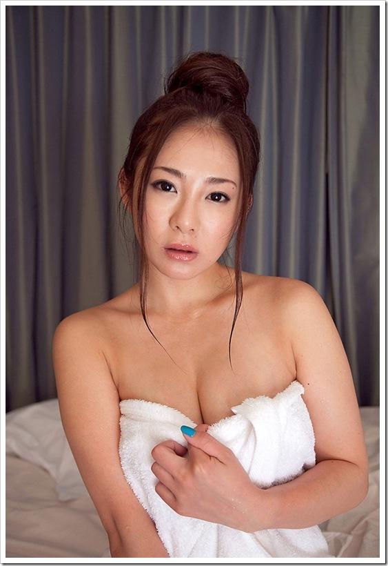 初音みのり(女優)】お宝美巨乳おっぱい