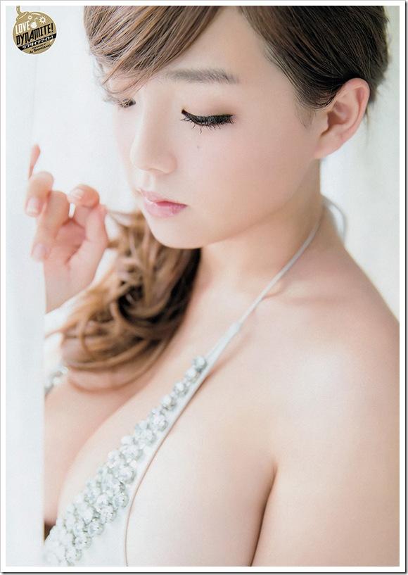 【篠崎愛(グラビア)】説明不要プリンセスお宝巨乳