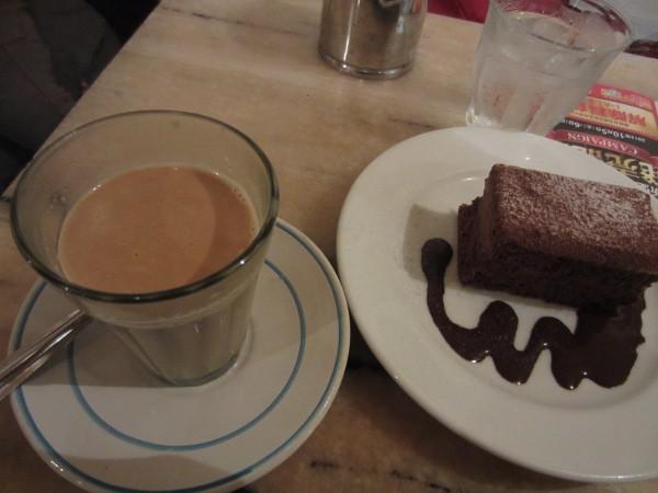 けいたろうブログ-カンテGでチャイとケーキ