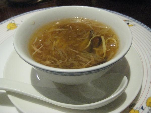 フードアナリストのいぶくろブログ-五目フカヒレのスープ