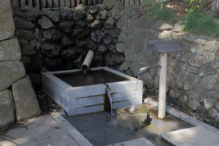2011-10-08 華3157
