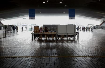 2011-10-08 華3529