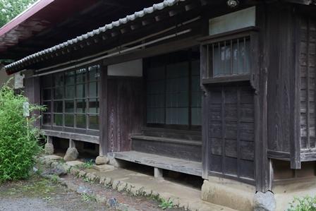 2011-10-08 華3536