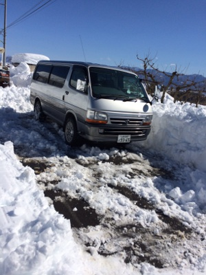 ハイエース周辺除雪完了