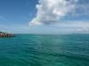 黒島港の海の透明度と空の青、白の雲がキレイなんです!