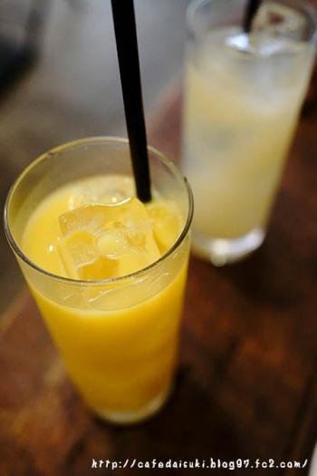 Bakery & Cafe Restaurant MUSUI◇オレンジ&グレープフルーツジュース