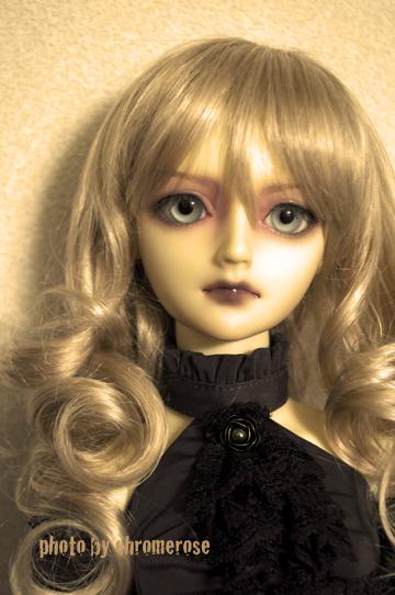 april_doll_pascale01