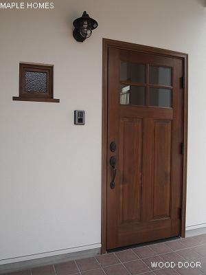 玄関ドア外2
