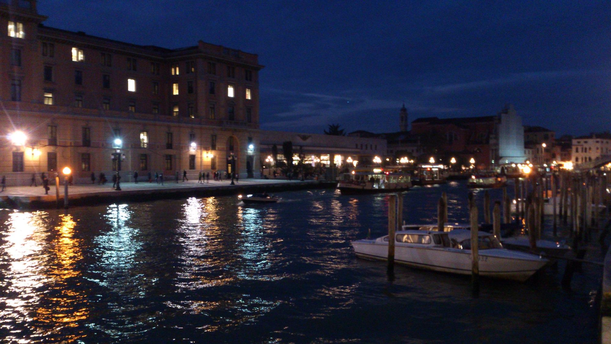 ヴェネチア 夜