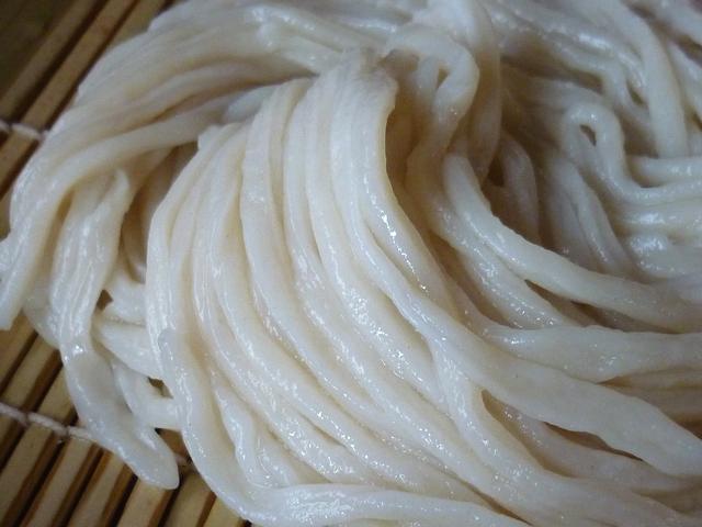 ざるうどんの麺