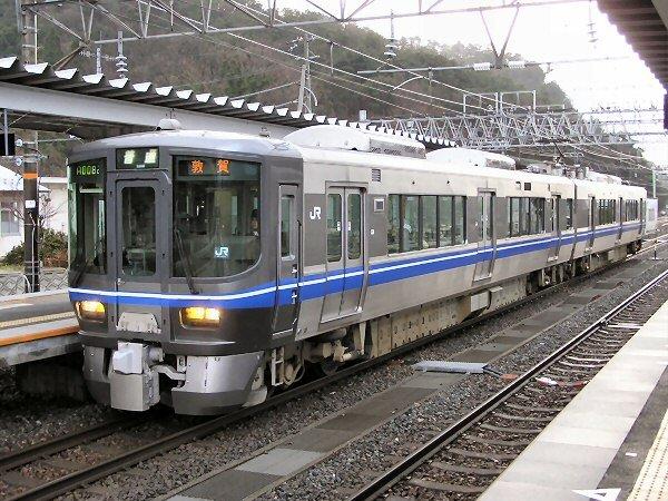 JR西日本 521系