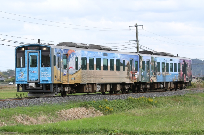 JR西日本キハ126系 ジオ