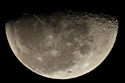 20140222-moon-100ED.jpg