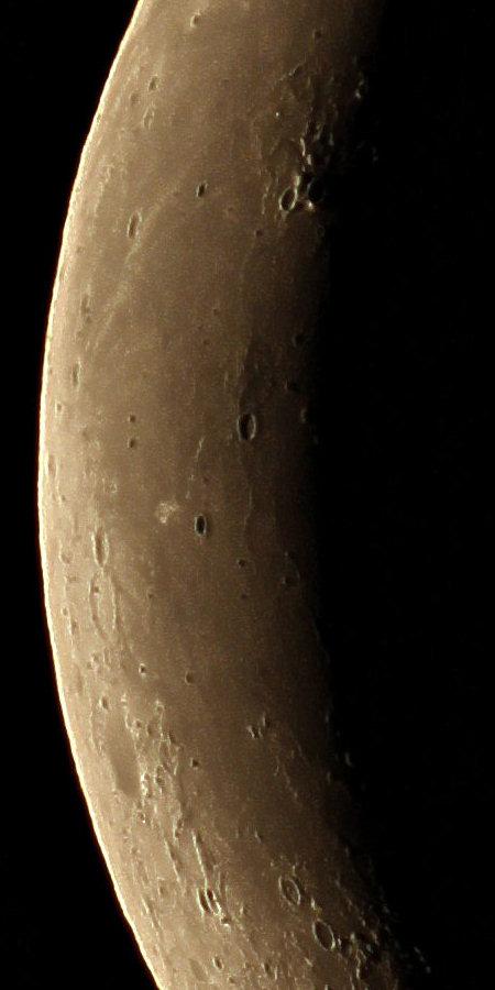 20140822-moonzoom-100EDV.jpg