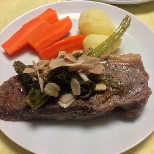 3牧草牛のステーキ