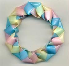三角玉で輪 作り方4