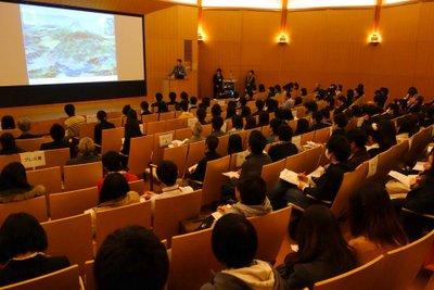 students_400_01.jpg