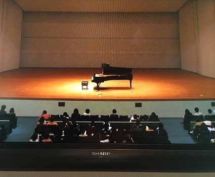 モニターピアノ