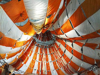 アポロ17号のパラシュート