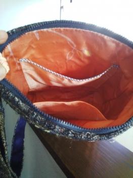 めがね織りバッグの中