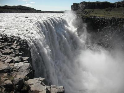 デティフォスの滝(アイスランド)