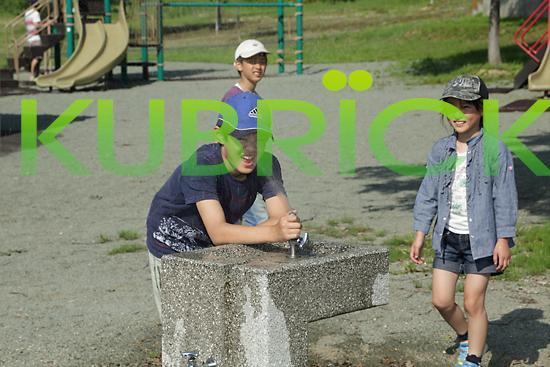 2014_0601_10.jpg