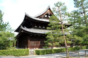 柵のある禅寺