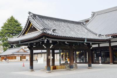西本願寺手水舎