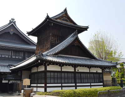 西本願寺鼓楼