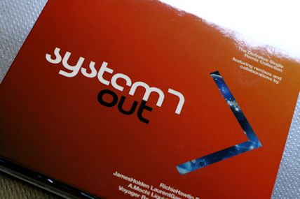 System 7 / Out