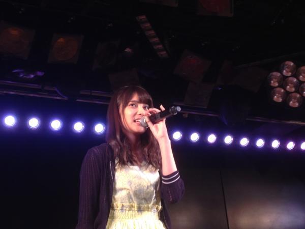 【衝撃】入山杏奈が事件後初めて劇場に登場!腕どうなってんだこれ?想像以上にヤバイんじゃね?