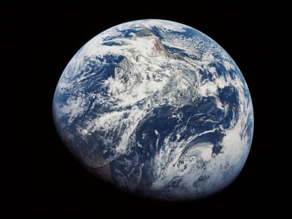 earth85.jpg