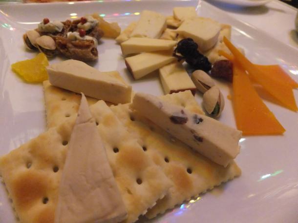 世界のチーズ盛合せ