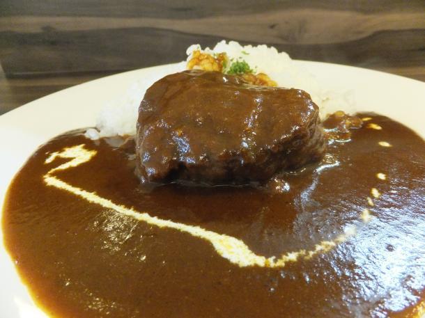 牛ホホ肉のカレー
