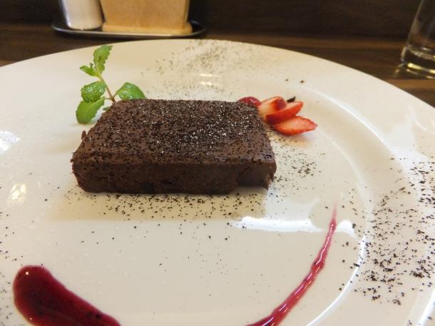 生チョコレートのケーキ