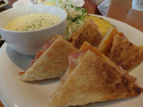 チーズベーコントーストサンド