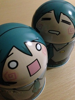 はちゅねミク缶<ピーナッツボールチョコ>