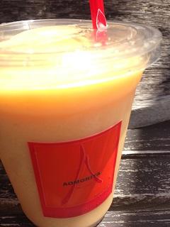 青森屋 モモとオレンジのフルーツジュース