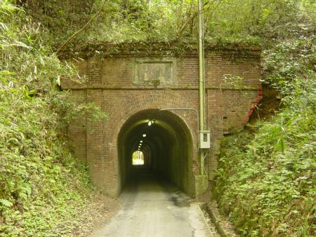 相坂隧道06