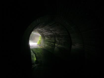 旭隧道09