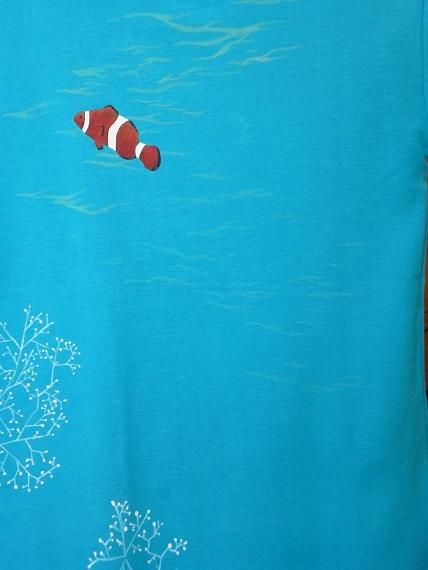 カクレクマノミ 手描きTシャツ