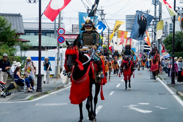 本祭りお行列-2