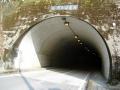 県道25号線・小草トンネル